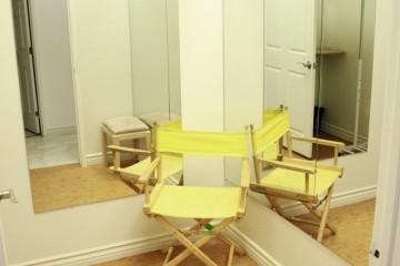 Independence Studio - Stage 2 - Dressing Room